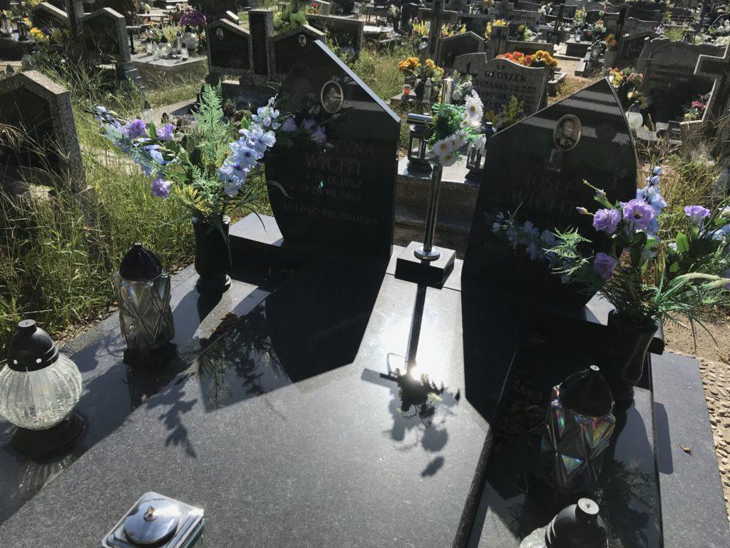grób cioci Krysi w Brzegu; fot. MR