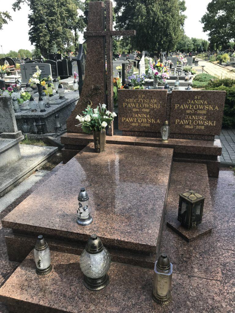 grób cioci Jasi w Wieluniu; fot. MR